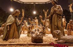 Nativity scene at Old City Plaza :)) This. is. AWESOME. These look life-size. Probably not the cheap kind :P