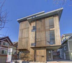 Entwerfen der inspirierenden Haus mit Holzaußenwand und Glas Winodws auch Glastür mit Rahmen und einzigartigen Ideen darchitecture