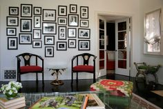 Designer M. Design Interiors #livingroom #gallerywall