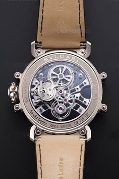 Bvlgari has recently launched the new Gerald Genta Tourbillon Saphir watch which has the same case of the Tourbillon Gerald Genta Magsonic. Amazing Watches, Best Watches For Men, Fine Watches, Luxury Watches For Men, Cool Watches, Guy Watches, Gerald Genta, Bvlgari Watches, Tourbillon Watch