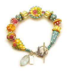 Emma's Auntie Bracelet by rubytwoshoes, via Flickr