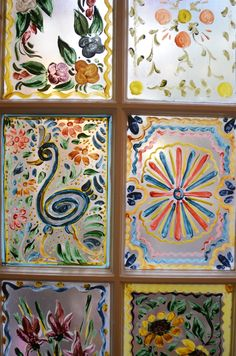 Painted windows at La Fonda in Santa Fe, NM. #kiwiathearttravels