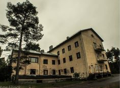 ★ Lively Yellow ★ Abandoned Institution & Morgue in Finland (walkthrough outside and inside)