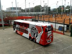 River plate bus