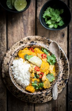 Coconut curry with pumpkin and chicken
