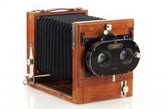 Indupor Stereo Field Camera // 29300,75 Nikon Film Camera, Stereo Camera, Movie Camera, Antique Cameras, Vintage Cameras, Photography Camera, Creative Photography, Cheap Film Cameras, Field Camera