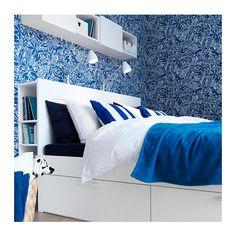 BRIMNES Bettgestell mit Schubladen IKEA Die 4 geräumigen Schubladen sorgen für zusätzlichen Stauraum unter dem Bett.