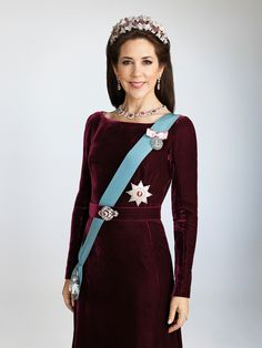 kongehuset.dk:  The Danish Royal Court released a new photo of Crown Princess Mary, September 25, 2015