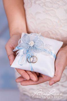 Ringkissen - Ringkissen Schleife Spitze Hochzeit PRE 11 - ein Designerstück von Perle-Wismer bei DaWanda