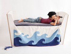 Wellen-Planken-Decke, nicht nur für Piraten #bio #GOTS aye-aye   Jäll & Tofta