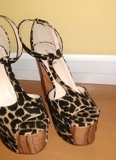 Kup mój przedmiot na #vintedpl http://www.vinted.pl/damskie-obuwie/platformy/16380839-sandaly-na-slupkulitysexi-panterkinowe