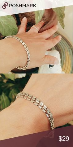🆕Vintage .925 Italian Sterling  Bracelet Approx 7.25 Inch long sterling silver bracelet.  3 strands intertwine into one.  So pretty alone or stack with your other bracelets and watches. Stamped 925 Italian Milor🎉 Jewelry Bracelets