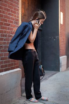http://images.thesartorialist.com/thumbnails/2013/09/90913Phone7519web.jpg definitely saw this woman on 33rd st this past weekend!