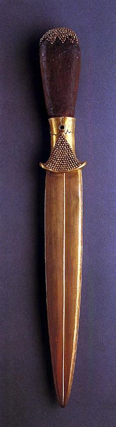 Sumer: Golden Daggers From the Tombs of Ur, birthplace of Patriarch Abraham