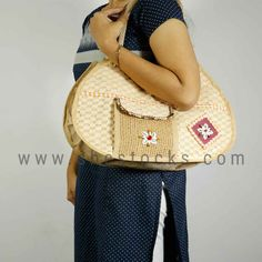 One-stop solution to all the fashion needs of women. Get the latest trends with Big Offers. Online shopping site for women's accessories and apparels. Jute Bags Wholesale, Jute Bags Manufacturers, Fashion Hub, Online Shopping Sites, Womens Fashion Online, Latest Trends, Accessories