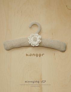 Khaki Hanger Crochet PATTERN, SYMBOL DIAGRAM (pdf) by Kittying.com