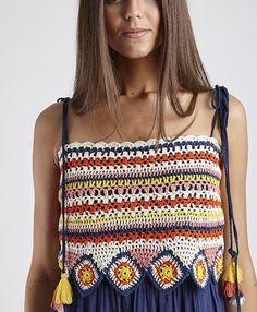 crochet - Photo - Apocalypse Now And Then Crochet Hippie, T-shirt Au Crochet, Cardigan Au Crochet, Bikini Crochet, Mode Crochet, Crochet Shirt, Crochet Crop Top, Crochet Woman, Crochet Clothes