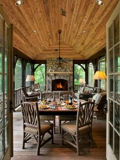 This makes me want to start the floor plans for our country home. right MEOW! Awesome screened in porch idea:) Rustic Family Room Design, Pictures, Remodel, Decor and Ideas - page 165 by Sacagawea Outdoor Rooms, Outdoor Living, Outdoor Kitchens, Indoor Outdoor, Outdoor Patios, Backyard Patio, Outdoor Lamps, Tuscan Kitchens, Patio Roof