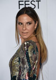 Mexican-born actress Kate del Castillo helped set up the meeting between Penn and El Chapo.