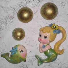 My mermaid art: Missy Mermaid and her pet fish Itty Bitty. Vintage Love, Vintage Decor, 1950s Decor, Vintage Stuff, Mermaid Fairy, Baby Mermaid, Vintage Fairies, Vintage Mermaid, Mermaid Images