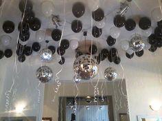 decorados con globos en blanco y negro - Buscar con Google