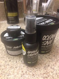 lush products I have been using for my oily, hormonal acne that I recently got :( Cleared and leaves my face soft. All natural ingredients.←I really want to try Lush! Cystic Acne Treatment, Oily Skin Treatment, Skin Treatments, Hormonal Acne Remedies, Overnight Acne Remedies, Lush Products, Acne Products, Natural Products, How To Get Rid Of Acne