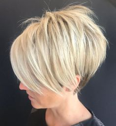 Pixie Haircuts with Bangs – 50 Terrific Tapers Blonde Shaggy Pixie Bob Related New Short Haircuts for Older Women with Fine HairLatest Bob Haircuts for Fine Hair in 2019 - Styles Fantastic Choppy Bob Hairstyles For All Moods And Occasions Short Bob Haircuts, Haircuts With Bangs, Hairstyles Haircuts, Straight Hairstyles, Cool Hairstyles, Short Pixie Bob, Long Pixie Hairstyles, Shaggy Pixie Cuts, Haircut Short