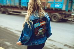 Oversized studded denim jacket.