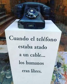 Landline Phone, Hair Hacks, El Humor, Hulk, My Books, Funny Pictures, Wise Words, Pretty Quotes, Truths