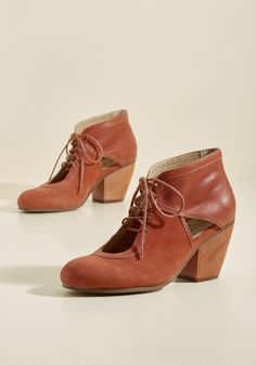 Benefit of the Clout Heel in Pumpkin, #ModCloth