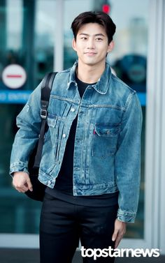 [HD포토] 투피엠(2PM) 옥택연 변함없는 잘생김  #투피엠 #2PM #옥택연 #공항패션