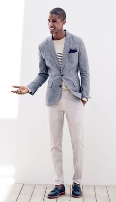 Lulow sport coat in grey checked Irish linen + Textured cotton beach sweater + Bowery slim pant in fine-striped linen + Kenton Suede tassel loafers + indigo bandana + Caputo & Co. Beige Blazer, Linen Blazer, Blazer Bleu, Blazer And T Shirt, Shirt Outfit, Mens Smart Casual Outfits, Men Casual, Costume En Lin, Costume Beige