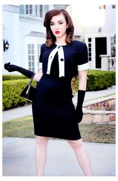 Love this outfit! Vintage Fashion:: Retro Style:: Pin Up Girl Fasion