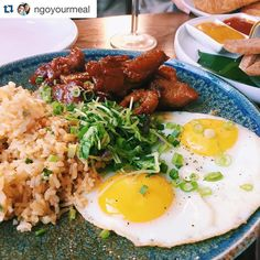 #Repost @ngoyourmeal - I love my Tocino (Marinaded and Grilled Pork Belly) with Garlic Rice and a Fried Egg  --- good morning and Happy Tuesday! Thank you to Jonathan for sharing this picture perfect #silog from Manila Social Club in New York City. Poll: do you like your eggs runny or not? Comment below! #ffmnewyork #ffmeastcoast #filipinofoodmovement by filipinofoodmovement