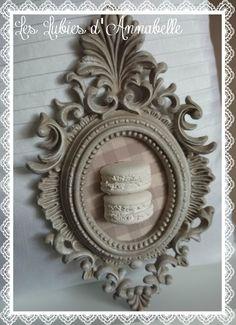 Cadre shabby macaron plâtre