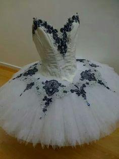 Another beautiful Dani Legge creation. ♥ www.thewonderfulworldofdance.com #ballet #dance