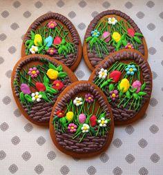 Пасхальные яйца-корзиночки  #пасхальныепряники #пасха #пряники #имбирныепряники #royalicing #Easter #krd #краснодар #краснодарскийкрай #кубань #крымск #жкпанорама #яйца #кулинарные_творинки #цветы #весна