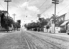 1957 - Rua Cardoso de Almeida, bairro de Perdizes.