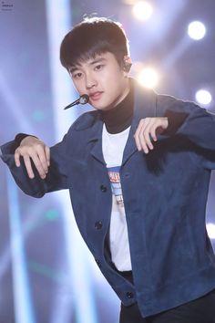 181020 at Busan One Asia Festival Opening Concert Kyungsoo, Kim Jongin, Exo Chanyeol, Chansoo, Chanbaek, Exo Official, Foto Jimin, Exo Korean, Do Kyung Soo