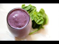 Spinach smoothie recipe with banana - http://www.bestrecipetube.com/spinach-smoothie-recipe-with-banana/
