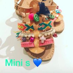 Mini sandals für happy Kinder Füße Birthday Cake, Etsy, Mini, Desserts, Food, Hand Sewn, Handmade, Tailgate Desserts, Deserts