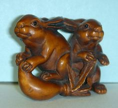 Rabbit Netsuke, wood netsuke