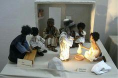 Lavatorio de pies. Biblia con muñecos