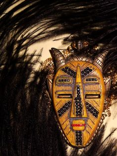 1960s beatnik tribal plastic necklace