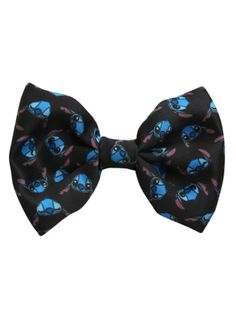 Disney Lilo & Stitch Tossed Heads Black Bow Tie New With Tags! Lilo And Stitch 3, Stitch And Angel, Cute Stitch, Disney Hair Bows, Disney Outfits, Disney Fashion, Disney Stich, Hot Topic Disney, Cute Bows