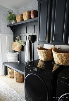 Mudroom Laundry Room, Laundry Room Remodel, Laundry Room Design, Laundry Room Colors, Bench Mudroom, Laundry Room Inspiration, Board And Batten, Home Interior, Interior Design