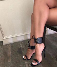 high heels – High Heels Daily Heels, stilettos and women's Shoes Sexy Legs And Heels, Hot High Heels, High Heels Stilettos, Strappy Heels, Stiletto Heels, Pumps, Beautiful High Heels, Gorgeous Feet, Sexy Zehen
