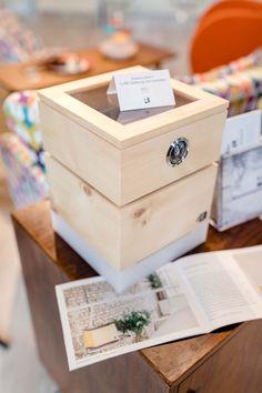 Zirbenlüfter - Luftreiniger und Lampen aus österreichischem Zirbenholz, ein Lifestyleprodukt das Gesundheitsbewusstsein und Design miteinander verbindet Cube, Container, Design, Smoking Room, Humidifier