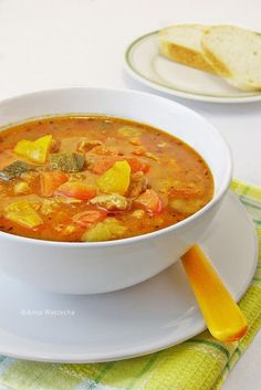 Zupa gulaszowa - Wiem co jem Kielbasa, Thai Red Curry, Ethnic Recipes, Food, Recipies, Essen, Meals, Yemek, Eten
