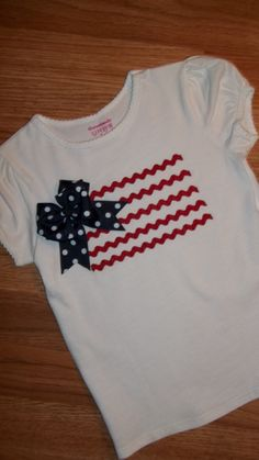 Girls 4th of July American Flag TShirt by YoderbyDesign on Etsy  I want to try making this